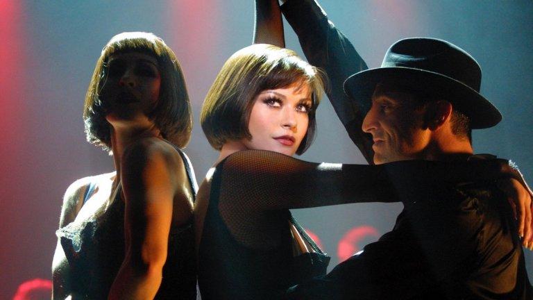 """Спечели и """"Оскар"""" за ролята си в """"Чикаго"""" (на снимката). Последните няколко години от кариерата й обаче не са особено впечатляващи, вероятно и заради липсата за желание да е на екран (и позагубилият се интерес към нея в Холивуд). След участието си в """"БСП - Бесни страшни пенсии 2"""" (2013 г.), тя се отдаде на втора поредна почивка от актьорския занаят. Като причина изтъкна семейството си и това, че за да стои далеч от близките си й ще е нужна някаква наистина нова роля. Последната й поява на голям екран е """"Dad's Army"""" от 2016-а..."""