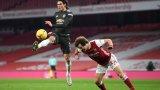 Тежки сблъсъци и пропуснати шансове: Арсенал и Юнайтед се занулиха