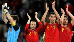 Въпреки критиките, някои от които откровени нелепи, Испания пак е на финал!