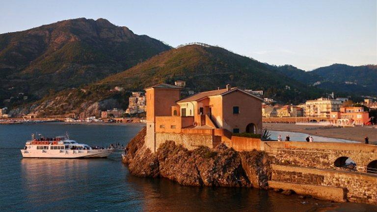 Леванто е пристанищно градче и община в северозападна Италия, провинция Специя, регион Лигурия. Разположено е на източния бряг на Лигурското море и радва с живописни природни гледки, архитектура и вкусна храна.