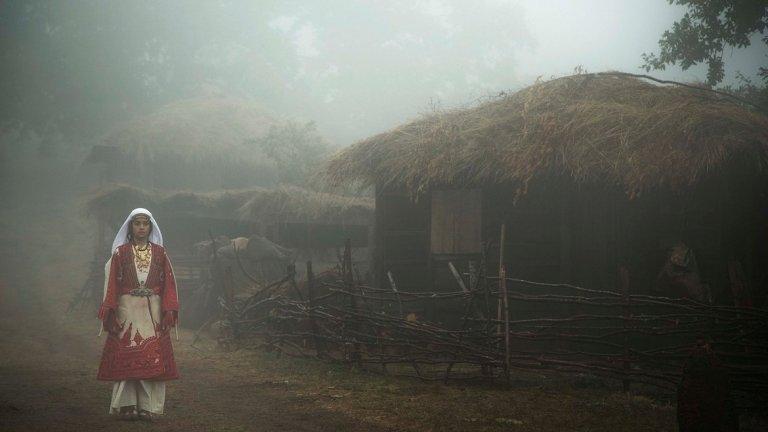 В образа на малката Румена влиза 11-годишната дъщеря на режисьорката - Ники Амрита Николай