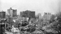 Земетресението в Сан Франциско от 1906 г. унищожава 80 процента от града, последвано е от пожари и в бедствието загиват около 3000 души. В нашата галерия можете да видите един поглед преди и след на знакови места от града: