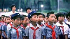 Към Работническата партия съществува младежка организаця Съюз на корейските деца, в която членството е задължително за всички ученици между 7 и 13 години