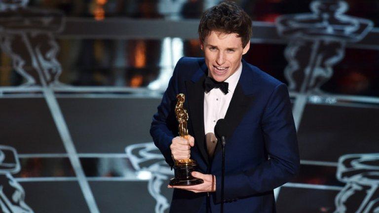 """Най-добър актьор стана британецът Еди Редмейн за ролята си на физика Стивън Хокинг във филма """"Теорията на всичко"""""""