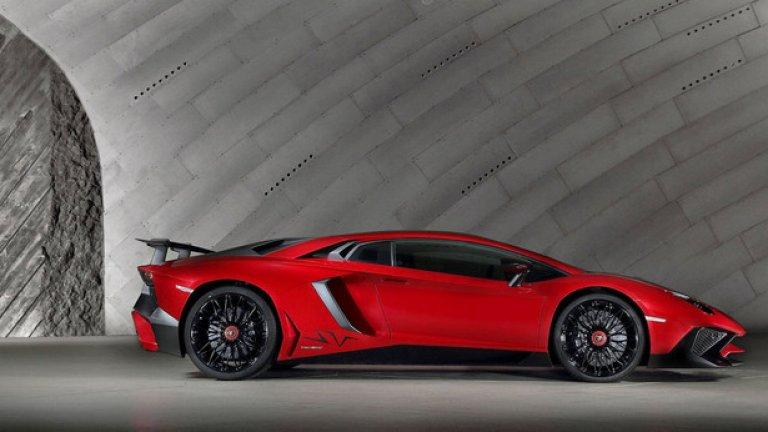 Lamborghini Aventador LP750-4 Superveloce – 6.59,73 минути Това е по-леката и бърза версия на впечатляващия Aventador LP 700-4, като автомобилът е получил допълнителни аеродинамични елементи за по-добра стабилност при висока скорост в завоите.