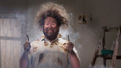 Това, че два електрона, понеже не стават за друго, са решили да се сблъскат за наше забавление, не значи непременно, че трябва да плащаме за това