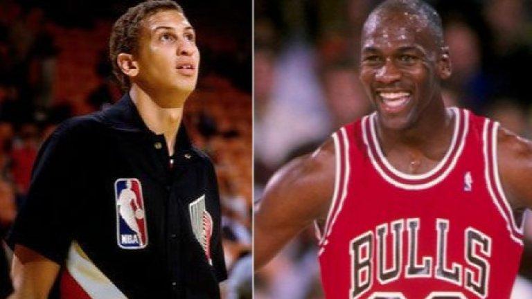 През целия си живот Боуи няма как да се отърве от паралелите между своята кариера и тази на най-великия баскетболист на планетата