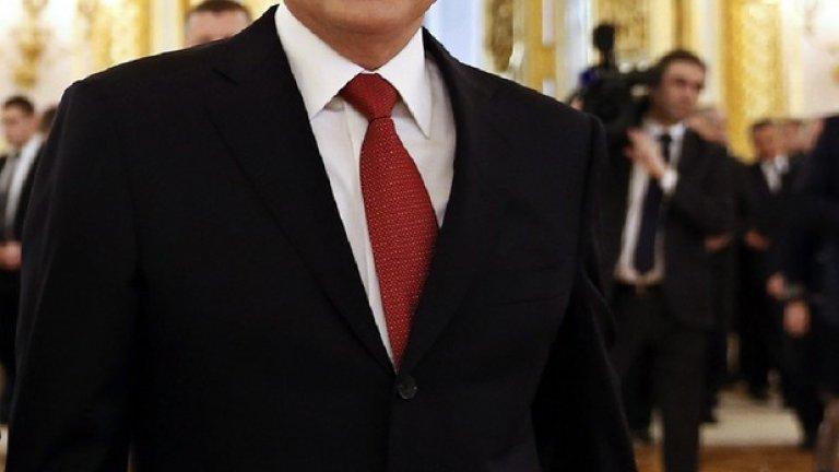 """""""Надявам се, че русофобските настроения няма да продължат вечно и светът ще осъзнае тяхната контрапродуктивност"""" - заяви руският президент Владимир Путин на Международния икономически форум в Санкт-Петербург"""