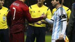 Кристиано Роналдо и Лионел Меси все още имат шанс да вдигнат значим трофей с националната фланелка. Но има футболисти, които въпреки безспорното си величие, така и не се окичиха със златен медал в кариерата си на национално ниво.