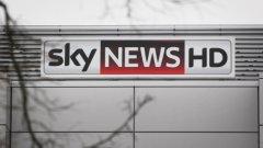 """Чрез компанията си """"Фокс"""" Рупърт Мърдок ще придобие контрол над британската телевизия Скай. Сделката е на стойност 11,7 милиарда паунда."""