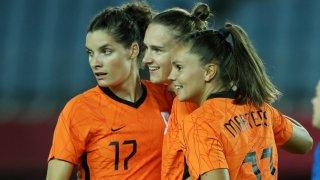 Особености на женския футбол: Нидерландия наниза 21 гола за три мача в Токио
