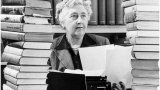 """За да се избегне обидната дума, новото издание на един от най-продаваните романи на Агата Кристи ще носи заглавието """"Те бяха десет"""""""
