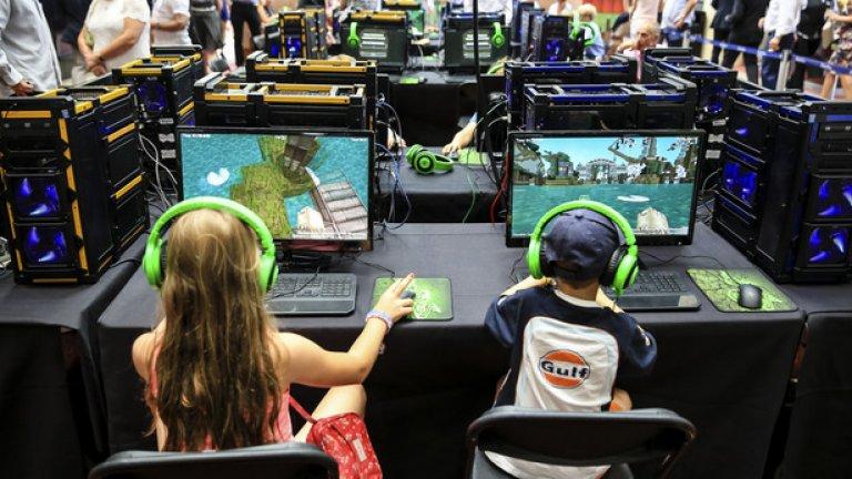 Докато все още притежаваше Minecraft, Персон управляваше армия от над 100 млн. фенове