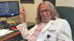 И бившия личен лекар на Тръмп се обръща срещу него