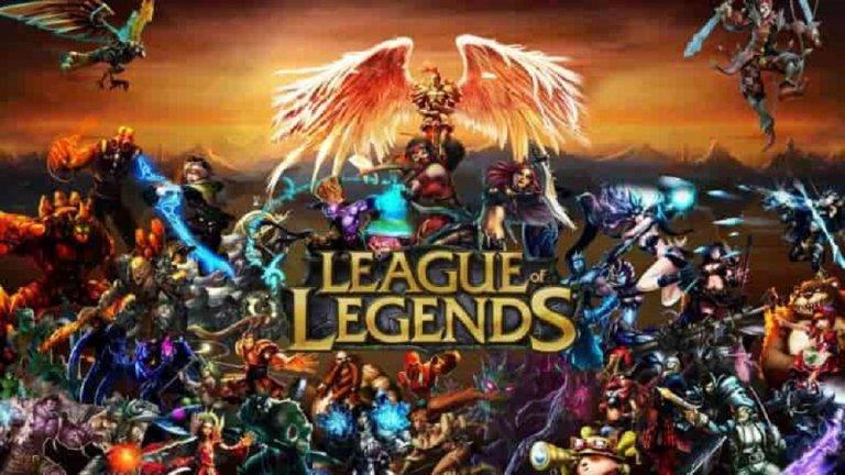 League of Legends  Още една легенда, към която с удоволствие ще се завърнем за убиване на времето. В един момент League of Legends е толкова известна, че я играят едновременно над 67 млн. души по света месечно. Стандартната карта е за петима срещу петима играчи, но има и вариант за трима срещу трима, а задачата е не само победа, обикновено чрез унищожаване на Нексуса, но и самоусъвършенстване. Започвате от нула и постепенно трупите опит, умения и предмети и заедно с вас приятелите ви се стремят към същото. Предупреждаваме, че като нищо можете да осъмнете с тази игра и после да се чудите как да станете, ако сте хоум-офис.