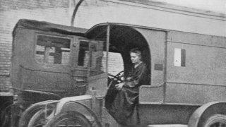 Как Мария Кюри занесе рентгена на бойното поле