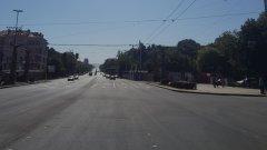 Пътните платна на кръстовището са изцяло подновени