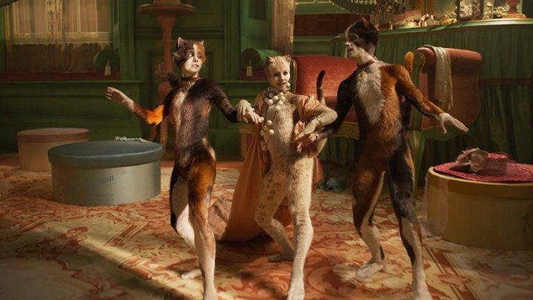 """""""Котките""""  37 години след премиерата си на Бродуей, """"Котките"""" на Андрю Лойд Уебър ще оживее отново и на големия екран. Новата филмова адаптация е режисирана от Том Хоупър – отличен с """"Оскар"""" за """"Речта на краля"""". Това ще е неговият пореден опит в жанра, след невероятно успешната му версия на """"Клетниците"""", превърнала се в един от най-гледаните мюзикъли на всички времена.  В ролите ще видим Джеймс Кордън, Тейлър Суифт, Идрис Елба, Джуди Денч, Дженифър Хъдсън, Ребел Уилсън, Иън Маккелън и др.   """"Котките"""" тръгва по кината на 27 декември."""