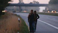 Нов закон спира потока от бежанци от Западните Балкани към Германия