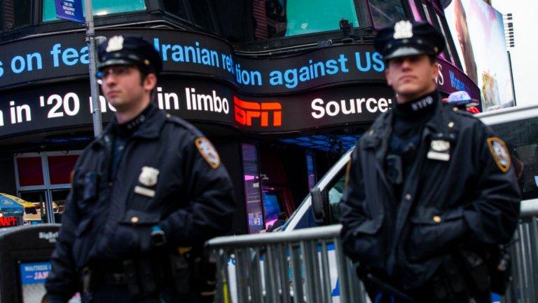 Освен, че нараства американското военно присъствие в Близкия изток, има засилени мерки за сигурност и в големите американски градове