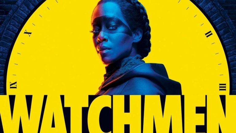 """""""Пазителите"""" и първото признание за силата на комиксовите адаптации  """"Пазителите"""" (Watchmen) на HBO спечели наградата за най-добър лимитиран сериал, заедно с още 10 други награди. Това до момента е и най-забележителният успех на сериал, свързан с комиксите - """"Пазителите"""" се явява телевизионно продължение на графичния роман Watchmen (1986-1987 г.) на Алън Мур.   От тази гледна точка той не е директна адаптация, но комиксовият елемент в него е осезаем - все пак много от героите са маскирани бойци за справедливост (не винаги), а налице е и един истински свръхчовек. Акцентът обаче пада върху социалния коментар и темата за расизма в Щатите, което - нека не се лъжем - вероятно има роля за спечелването на голямото отличие."""