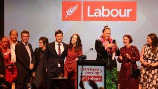 При 87% преброени бюлетини гласовете си за Лейбъристката партия са дали 49% от избирателите