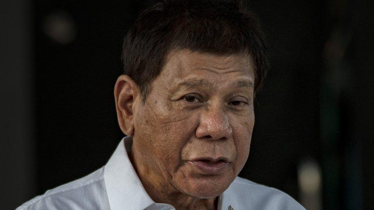 Филипинският президент е ядосан заради бавните темпове на ваксинация и е готов на крути мерки