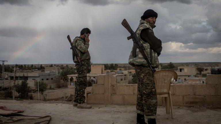 Бойците на кюрдските Народни отряди за защита (YPG) имат 150 часа да се изтеглят от уредената 32-километрова буферна зона по турско-сирийската граница. Според споразумението с Башар Асад техните сили ще се присъединят към Пети корпус под руско командване.