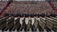 В парада участваха 12 000 бойци, 500 единици сухопътна военна техника и 200 самолета
