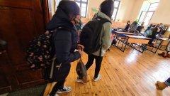 Близо 60 хил. ученици от 7 клас се явиха на задължителното външно оценяване