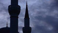 Повечето американци нямат нищо против строителството на джамии, но не са настроени така благоприятно към исляма като религия...