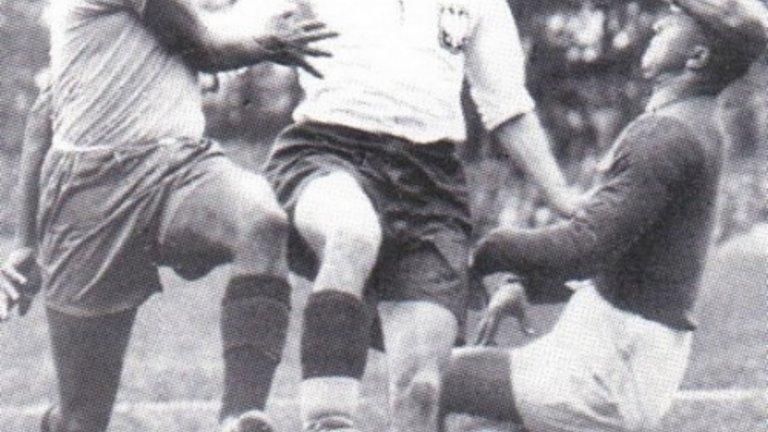 """На Световното първенство през 1938 г. във Франция Ернест Вилимовски става първият, вкарал четири гола в един мач. При това срещу един от фаворитите в турнира – Бразилия. """"Минаваше през защитниците като покрай табуретки, изнесе смайващ спектакъл за всички на стадиона в Страсбург """", отбелязват наблюдателите на двубоя."""