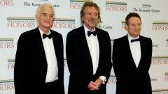 Джими Пейдж, Робърт Плант и Джон Пол Джоунс (отляво надясно) не са развалили взаимоотношенията си, но трудно ще застанат на една сцена