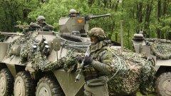 От 90-те насам полковникът е разкривал секретна информация за австрийската армия на руснаците