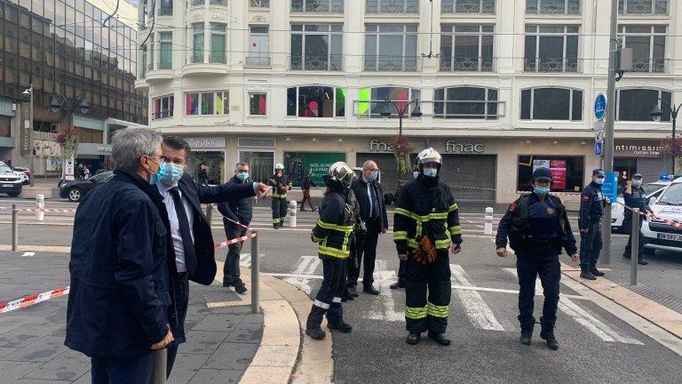 Трима загинали при терористична атака край базилика в Ница