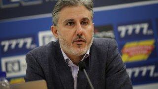 """Има дарители, привърженици и на ЦСКА. Всеки дарява по своите възможности, разбира се"""", заяви Колев."""
