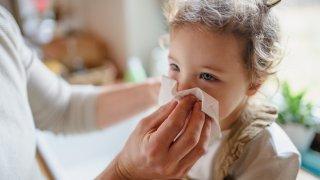 Педиатрите отчитат рязък скок на заболяванията при децата