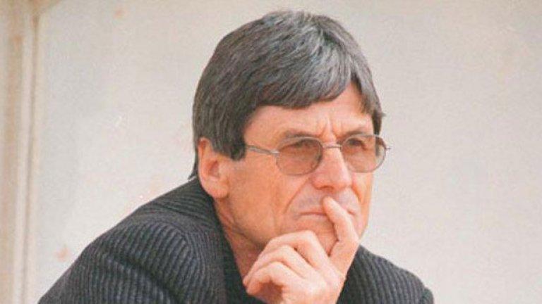 Динко Дерменджиев - от Ботев в Локомотив Пд Един пример и от Пловдив. Иконата на Ботев на два пъти бе за кратко начело на Локомотив през 90-те.