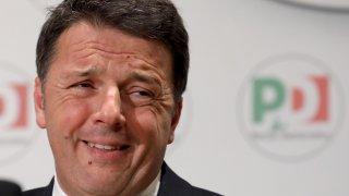 Италия в политическа криза, Ренци се оттегли от правителството