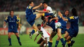"""23 години по-късно Аякс все още се чувства измамен от """"допингирания"""" Ювентус"""