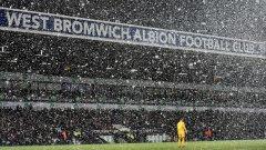 За разлика от тази, на боксинг дей миналата година английските стадиони бяха затрупани от сняг