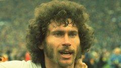 Брайтнер - 285 мача и 93 гола в Бундеслигата, 84 (10) в Примера и 48 (10) в националния отбор на Германия