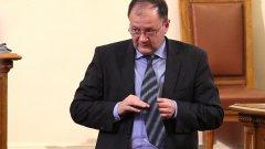 Според него искането на оставки след провала на вота е било опит за дестабилизиране на партията