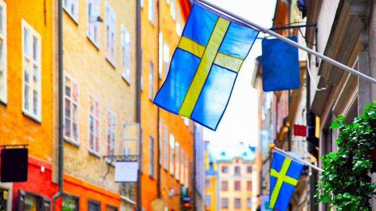 Швеция за пръв път въвежда частична блокада заради COVID-19