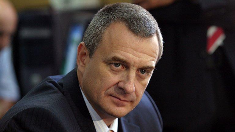 По времето на ГЕРБ никой не е можел да бъде задържан без знанието и одобрението на зам.-председателя на управляващата партия, заяви министърът на вътрешните работи Цветлин Йовчев