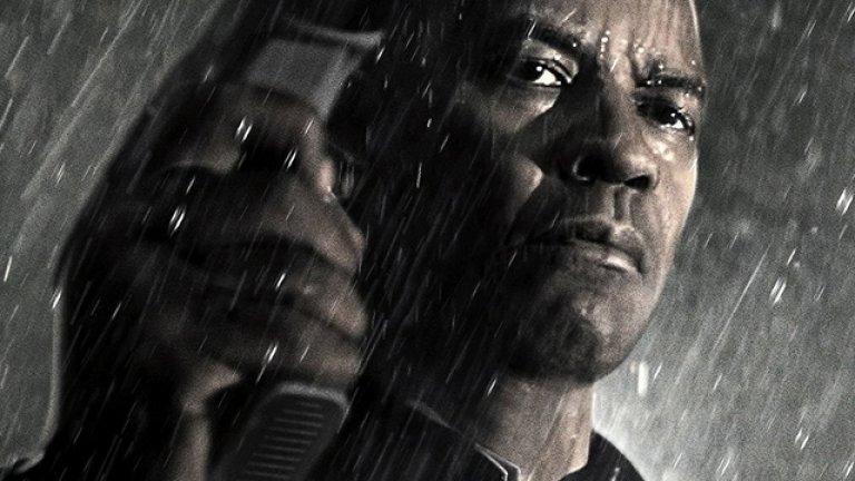 """Дензъл Уошингтън в """"Закрилникът"""" Животът на екшън героите е доста необикновен на моменти. Такъв е и този на Уошингтън във филма """"Закрилникът"""". Снимките под дъжда обаче хич не са по вкуса на актьора, въпреки че карат образа на героя му да изглежда още по внушително. Уошингтън почти веднага съжалил, че трябвало няколко дни да снима абсолютно подгизнал и то в продължение на часове, ядосвайки се на екипа, който стоял на сухо през цялото време, докато той вършел цялата работа."""
