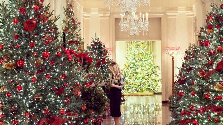 Украсата на Мелания Тръмп за последната ѝ Коледа в Белия дом