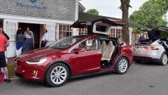 Инженер отправя сериозни критики към Tesla, но е и в сериозен конфликт на интереси