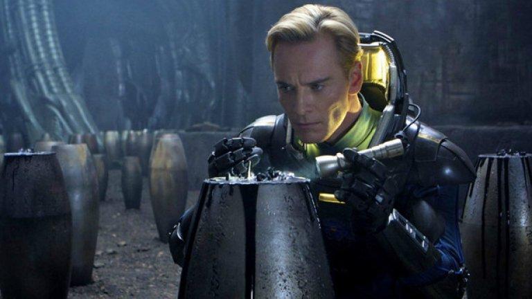 """""""Пришълецът: Заветът"""" / Alien: Covenant (19 май)   """"Прометей"""" (2012) трябваше да задоволи очакванията на феновете, които нямаха търпение Ридли Скот да се върне отново към света на """"Пришълецът"""". Крайният резултат обаче разочарова някои зрители. Въпреки 400-те милиона долара приходи и като цяло положителните ревюта, остана усещане за нещо недовършено. Сега надеждите за реванш се падат върху Майкъл Фасбендер и Нууми Рапас, които ще трябва да спасят човечеството в """"Заветът""""."""