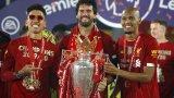 Ограбиха звезда на Ливърпул, докато празнува титлата
